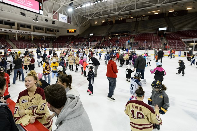 Skate with the Eagles, Skating Strides Set for Oct. 26